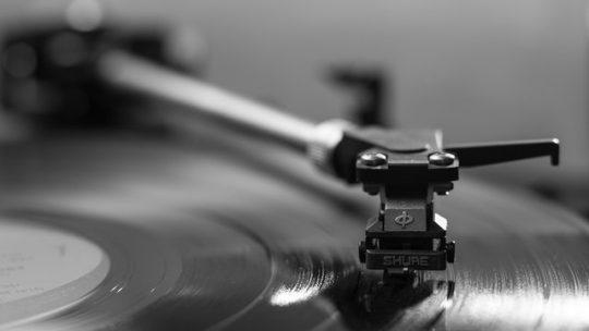 Muzyka latynoska i jej popularność na rynku muzycznym